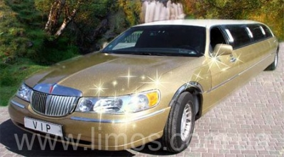 Lincoln Town Car Gold